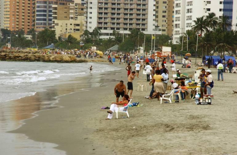 Promueven moción de censura a comandante de Bomberos de Cartagena por contrato de salvavidas: Promueven moción de censura a comandante de Bomberos de Cartagena por contrato de salvavidas