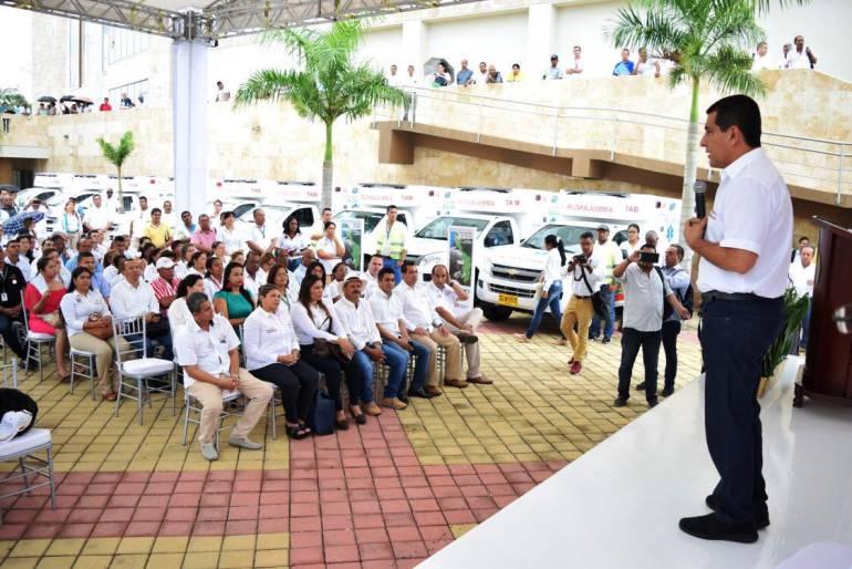 Gobernación de Bolívar hace entrega de 20 ambulancias para 15 municipios del departamento: Gobernación de Bolívar hace entrega de 20 ambulancias para 15 municipios del departamento