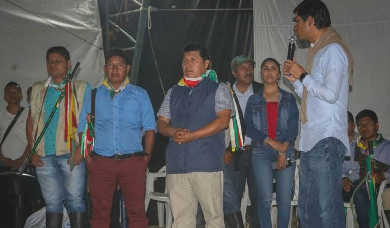 Bloqueo en vías de Pasto por parte de indígenas Awá: Comisión de la Gobernación de Nariño se desplaza al Diviso ante bloqueo de indígenas Awá