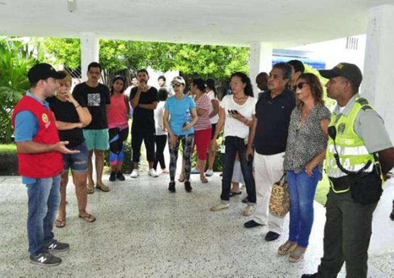 Denuncian en la Fiscalía envenenamiento masivo de perros en Cartagena: Denuncian en la Fiscalía envenenamiento masivo de perros en Cartagena