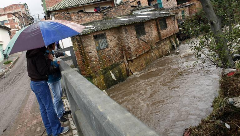 LLUVIAS BOGOTÁ: Colapsó una vivienda por fuertes lluvias en el sur de Bogotá
