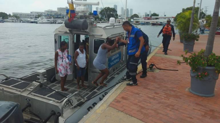 Armada evacuó a dos mujeres embarazadas desde la zona insular de Cartagena