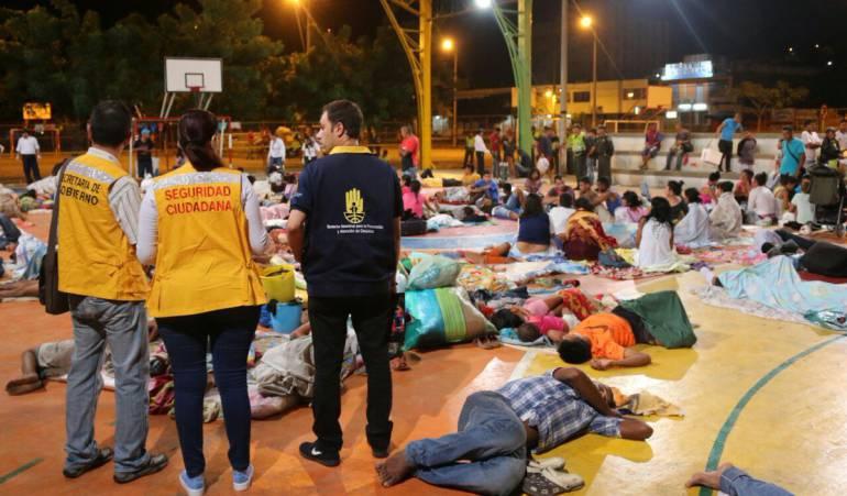 Venezolanos durmiendo en parques de Cúcuta