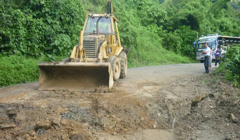 Hay un deslizamiento en la vía Risaralda-Chocó y alerta naranja por derrumbes