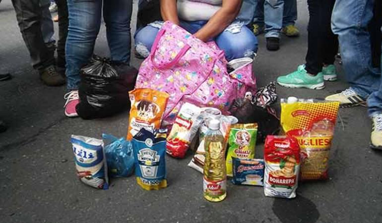 Por unidades los venezolanos comercializan productos subsidiados por el gobierno.