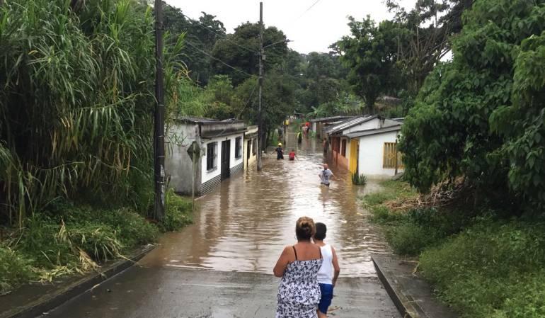 Más de 300 damnificados deja el desbordamiento de los ríos Consota y Otún