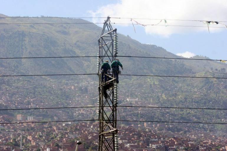 Ministra Aljovín inauguró Línea de Transmisión eléctrica que beneficiará a 5 regiones