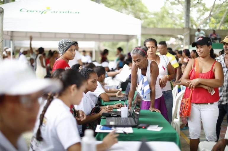 1.300 habitantes de Mahates fueron beneficiados con feria institucional de Gobernación de Bolívar: 1.300 habitantes de Mahates fueron beneficiados con feria institucional de Gobernación de Bolívar