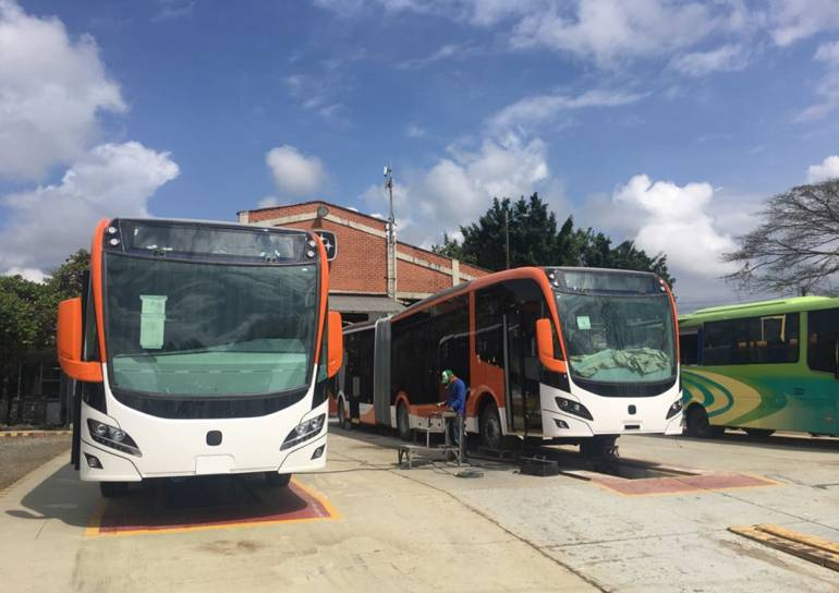 50 buses de Transcaribe, represados en Pereira, llegarían este mes: Cincuenta buses de Transcaribe, represados en Pereira, llegarían este mes