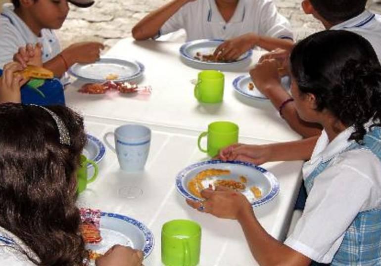 Colegios de Medellín servirán plato vegetariano una vez por semana