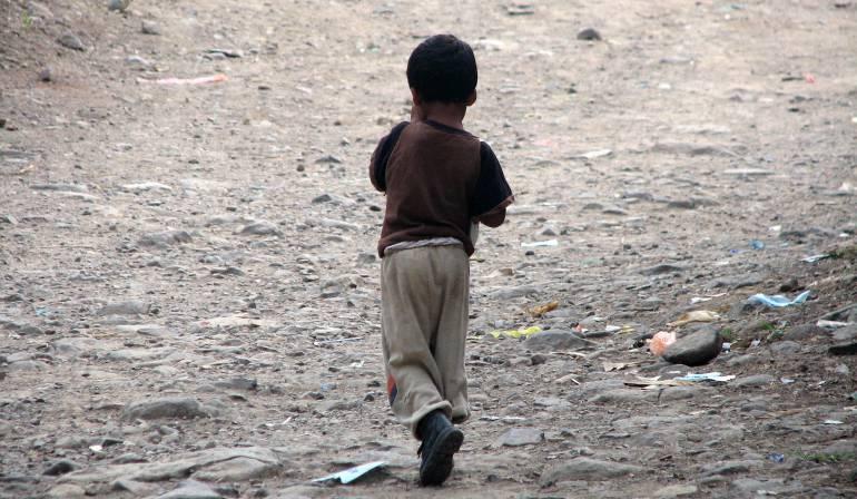Bogotá cuatro niños abandonados y sin alimentos: Rescatados cuatro niños abandonados y sin alimentos en una vivienda en Bogotá