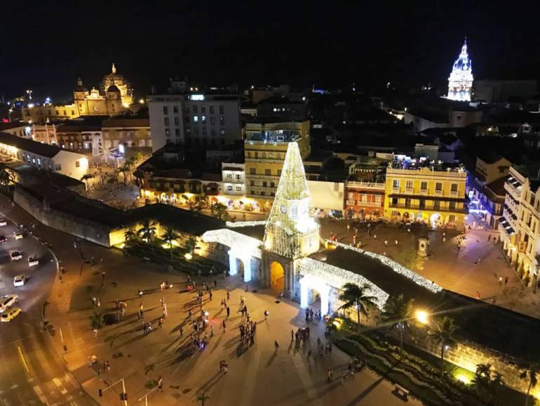 Turismo religioso en Cartagena de indias con el inicio de la Navidad en la Noche de Velitas: Turismo religioso en Cartagena de indias con el inicio de la Navidad en la Noche de Velitas