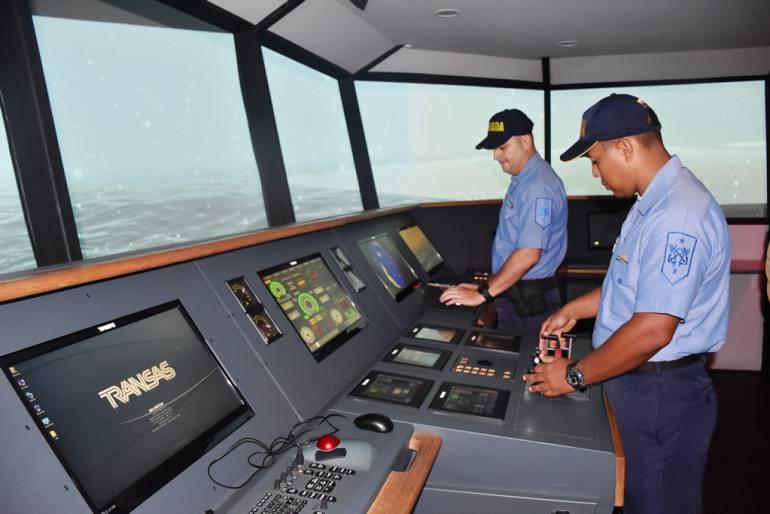Escuela Naval de Cadetes entrena tripulación del ARC 20 de Julio para IV Expedición Antártica: Escuela Naval de Cadetes entrena tripulación del ARC 20 de Julio para IV Expedición Antártica