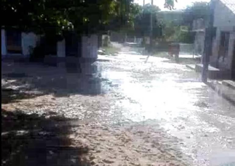 Punta Arenas, Bolívar, en emergencia por fuerza del mar: Punta Arenas, Bolívar, en emergencia por fuerza del mar