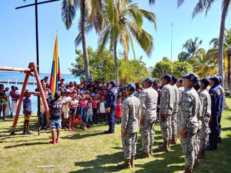 Armada Nacional realiza jornada de apoyo al desarrollo En Isla Múcura: Armada Nacional realiza jornada de apoyo al desarrollo En Isla Múcura