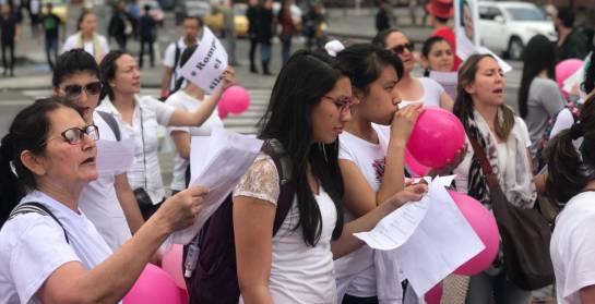 Planton en bogotá para pedir acciones de la policía en caso de Marilyn Rojas: Desesperada búsqueda de enfermera desaparecida