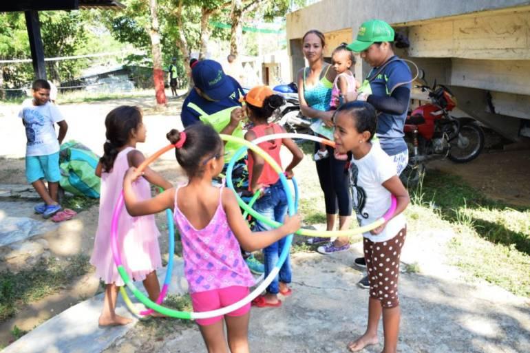 Más de 400 niños disfrutan de jornadas deportivas y recreativas en Arjona Bolívar: Más de 400 niños disfrutan de jornadas deportivas y recreativas en Arjona Bolívar