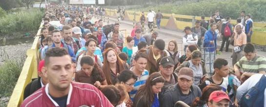 Masiva llegada de venezolanos a Cúcuta
