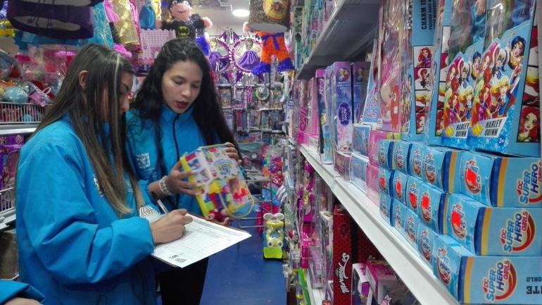 Salud y seguridad en navidad: Mas 75.000 juguetes han sido inspeccionados este diciembre en Bogotá