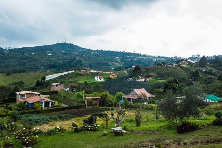 En Santa Elena entran en funcionamiento 91 pozos sépticos