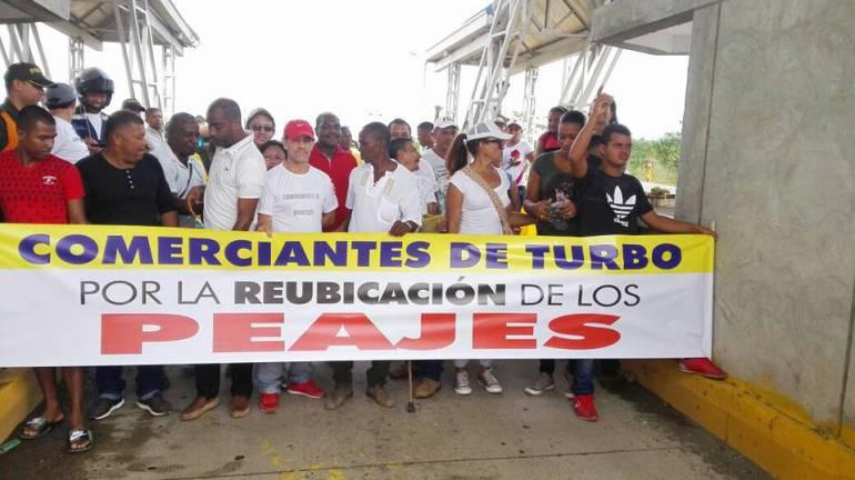 Arrancó paro cívico en Urabá en protesta por cobro de peajes