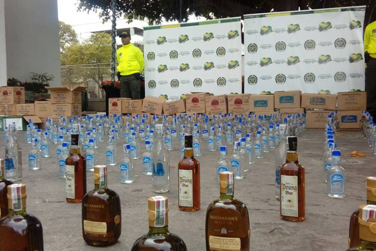 En plena semana Santa incautan más de 2.000 botellas de licor en Boyacá: En plena Semana Santa incautan más de 2.000 botellas de licor en Boyacá