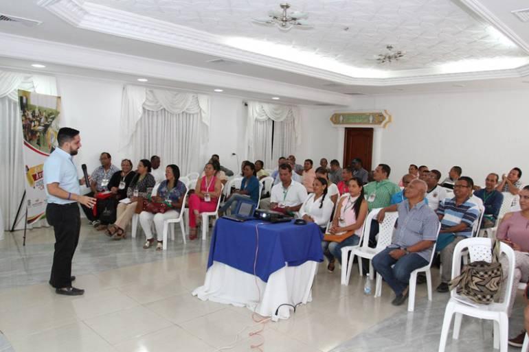 En Bolívar, capacitan a 60 docentes en educación para la paz: En Bolívar, capacitan a 60 docentes en educación para la paz