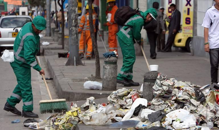 Sistema de aseo en Bogotá: El 15% de empleados de Aguas de Bogotá interesados en contratos con nuevos operadores