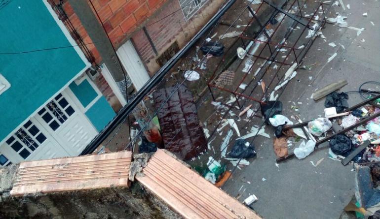 Bogotá: A 98 asciende el número de predios afectados por un vendaval en Usme