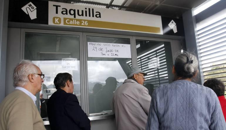 Pasajes de Transmilenio y SITP subirán $100