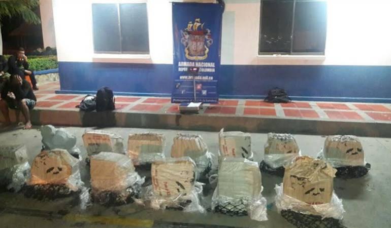 Uno de los operativos realizados por la Armada contra el tráfico de narcóticos. Foto: Caracol Radio Santa Marta