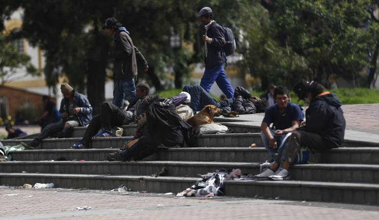 Riña entre habitantes de calles en Bogotá deja un muerto