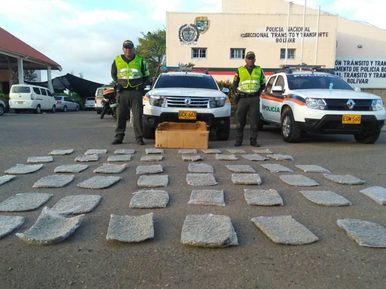 Incautan 25 kilos de marihuana en camión de mensajería en Bolívar: Incautan 25 kilos de marihuana en camión de mensajería en Bolívar