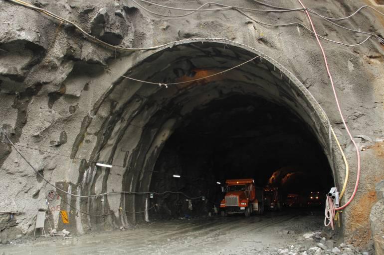 TÚNEL ORIENTE, MEDELLIN, RIONEGRO, AEROPUERTO JOSÉ MARÍA CÓRDOVA.: Faltan $68.000 millones para financiar el Túnel de Oriente