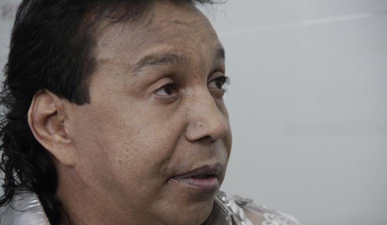 Rafael Santos exige respeto a la estatua de su padre Diomedes Díaz en Valledupar