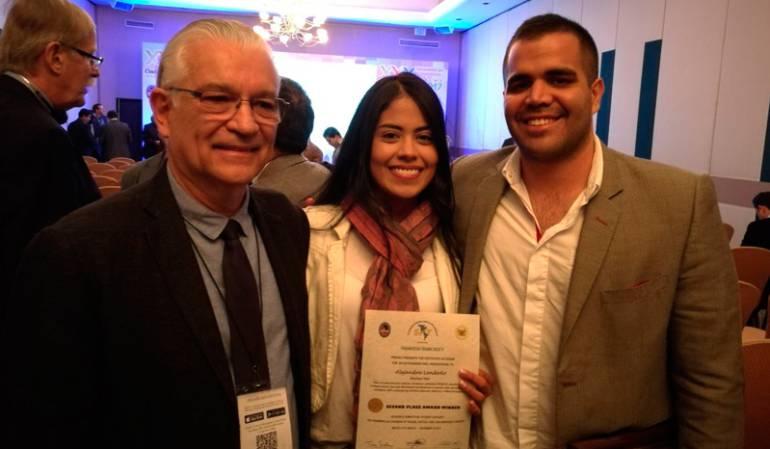 Medicina: Estudiante de medicina de la Icesi ganó premio en México por investigación sobre el uso de catéteres endovasculares