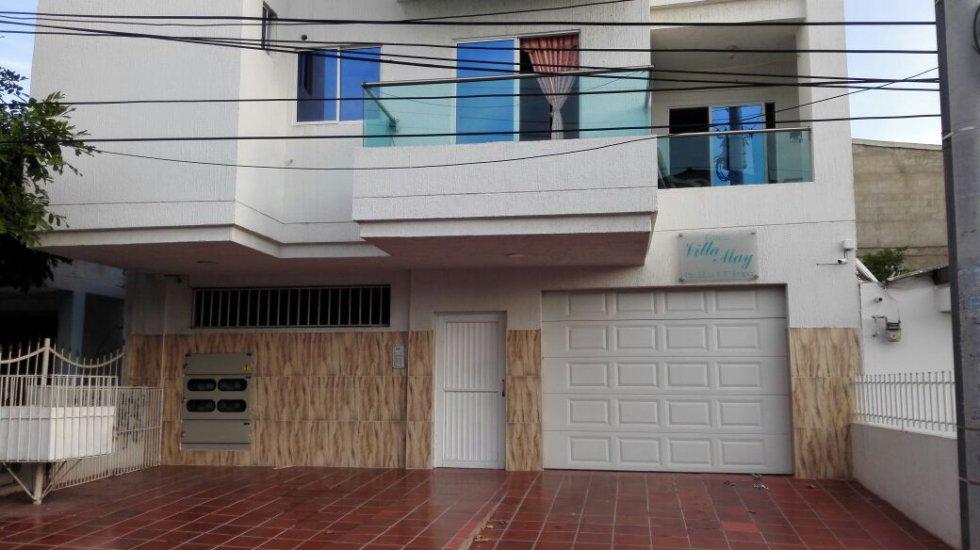 Edificio Villa May, en Blas de Lezo. 9 apartamentos, 4 pisos