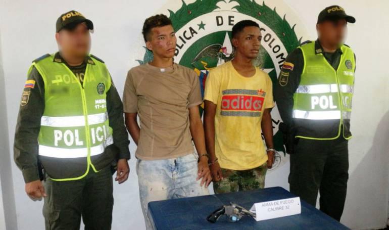 Capturan presuntos responsables de hurtos cometidos a bordo de una moto en el sur de Cartagena: Capturan presuntos responsables de hurtos cometidos a bordo de una moto en el sur de Cartagena