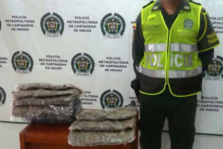 12 kilos de marihuana incautados por la policía de Cartagena en las vías de la ciudad: 12 kilos de marihuana incautados por la policía de Cartagena en las vías de la ciudad