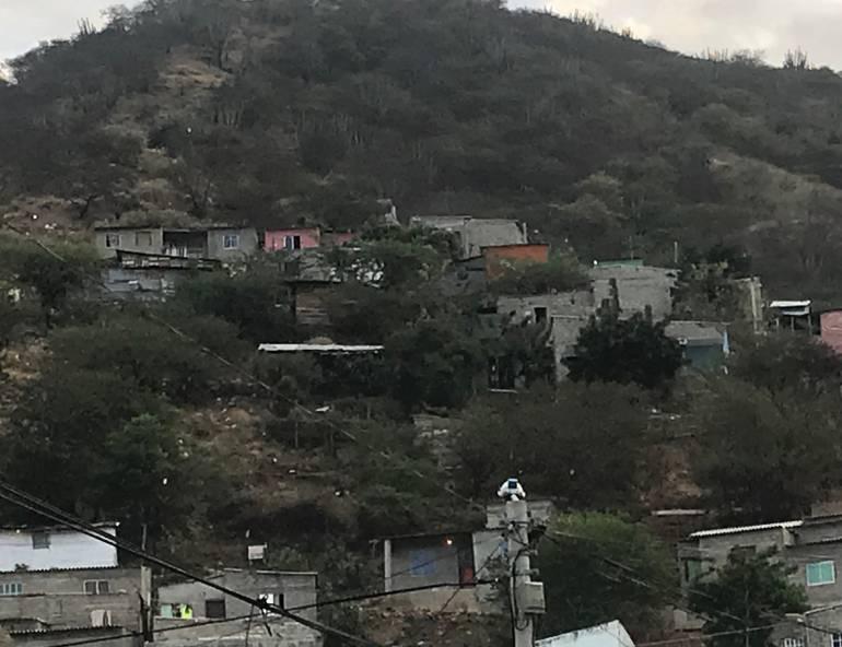 Invasión de cerros en Santa Marta. /FOTO CARACOL RADIO