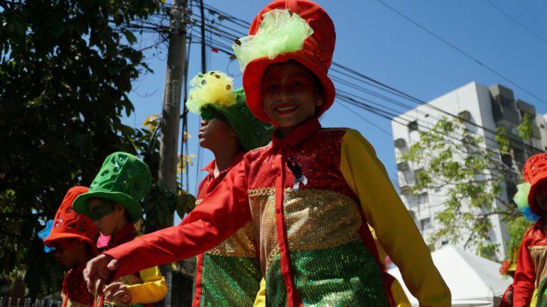 Desfile del Carnaval de Los Niños: Más de 200 grupos folclóricos en el desfile del Carnaval de Los Niños