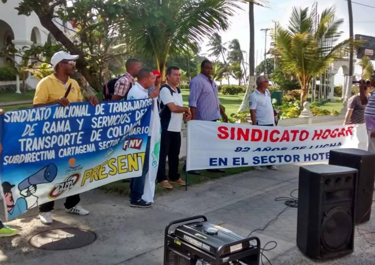 Sindicato de hoteles en Cartagena protesta por supuestos despidos: Sindicato de hoteles en Cartagena protesta por supuestos despidos