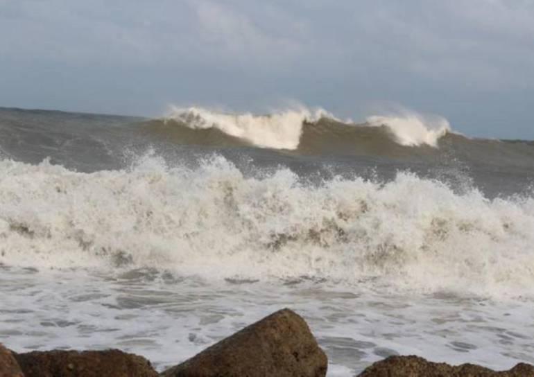 Fuerte oleaje y vientos en el mar Caribe: Fuerte oleaje y vientos en el mar Caribe