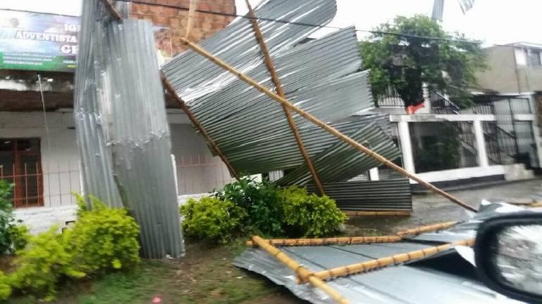 Vendaval afectó 30 viviendas y dejó 70 damnificados en Puerto Boyacá: Vendaval afectó 30 viviendas y dejó 70 damnificados en Puerto Boyacá