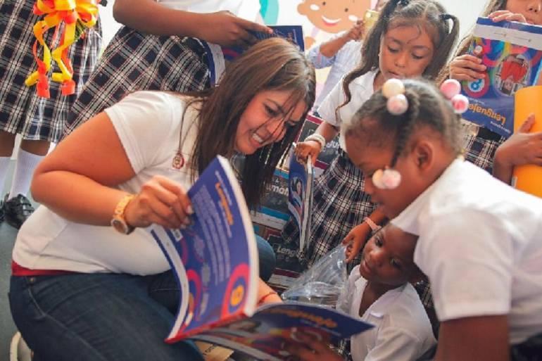 Textos escolares para estudiantes del Valle: Mineducación entregara en el Valle más de 747.000 textos