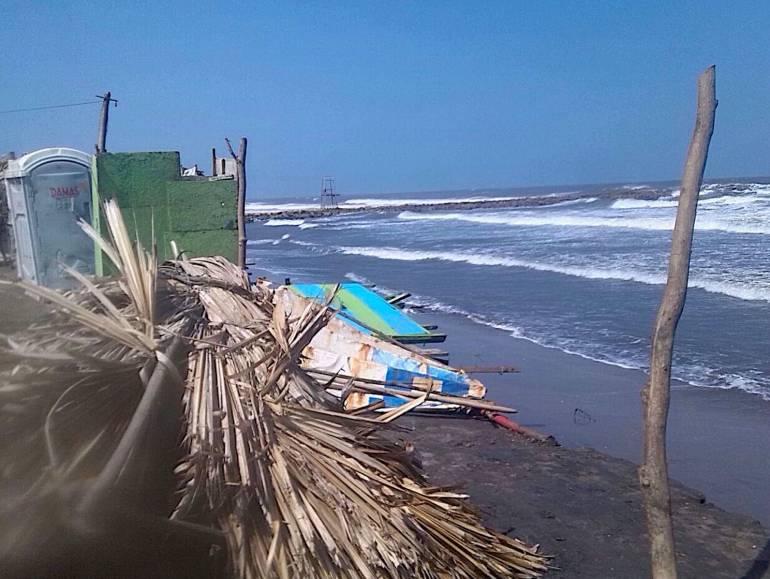 Mantienen alerta roja por vientos hasta de 65 kilómetros en la Costa