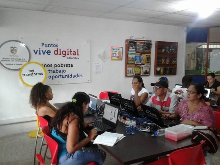 Cartageneros pueden realizar Censo Electrónico en los Puntos Vive Digital: Cartageneros pueden realizar Censo Electrónico en los Puntos Vive Digital