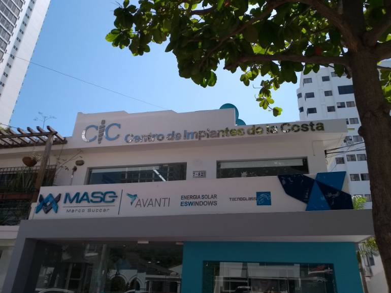Roban clínica de implantes en Cartagena: Roban clínica de implantes en Cartagena