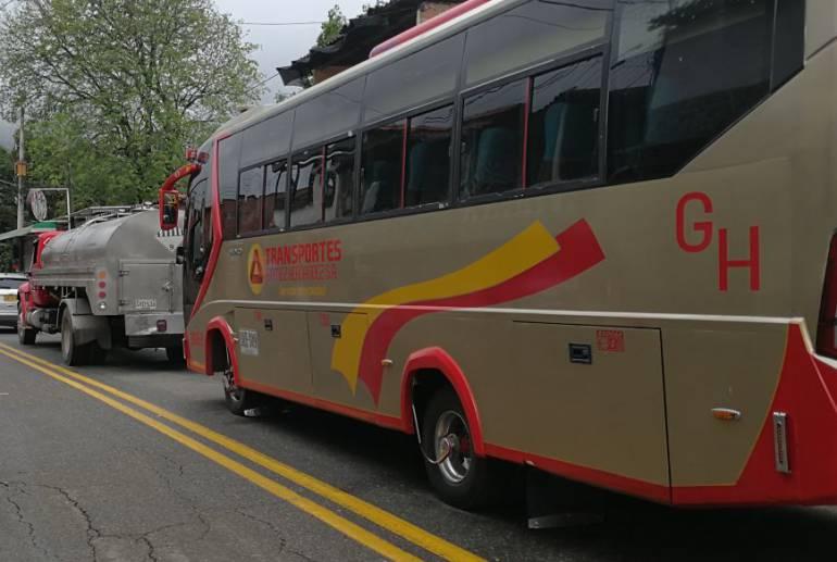 Por paro armado hay cierres nocturnos en la vía Medellín Urabá