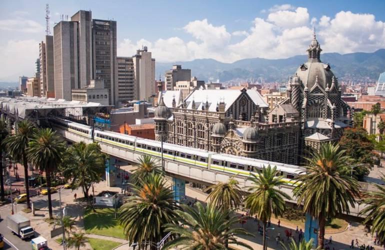 Metro de Medellín suspende operación hasta mañana en 6 estaciones